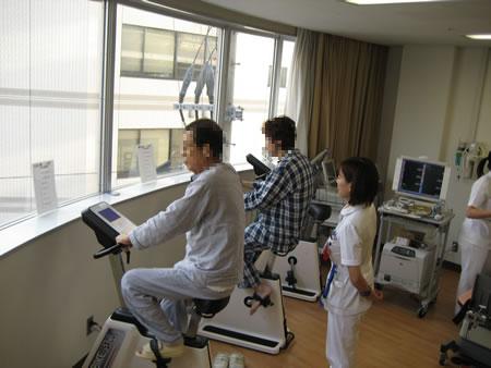 心臓リハビリテーション 心疾患治療後早期の自転車エルゴメータによる持久力運動